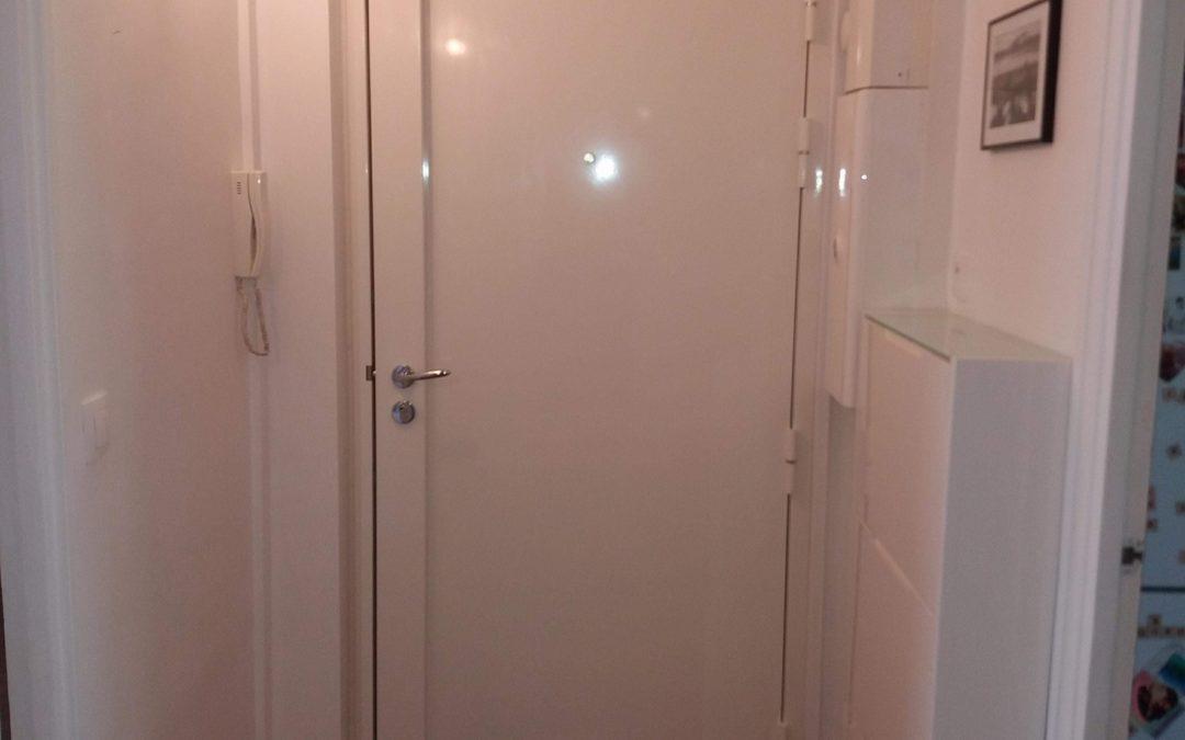 Fourniture et pose d'une porte blindée dans un appartement – Vincennes